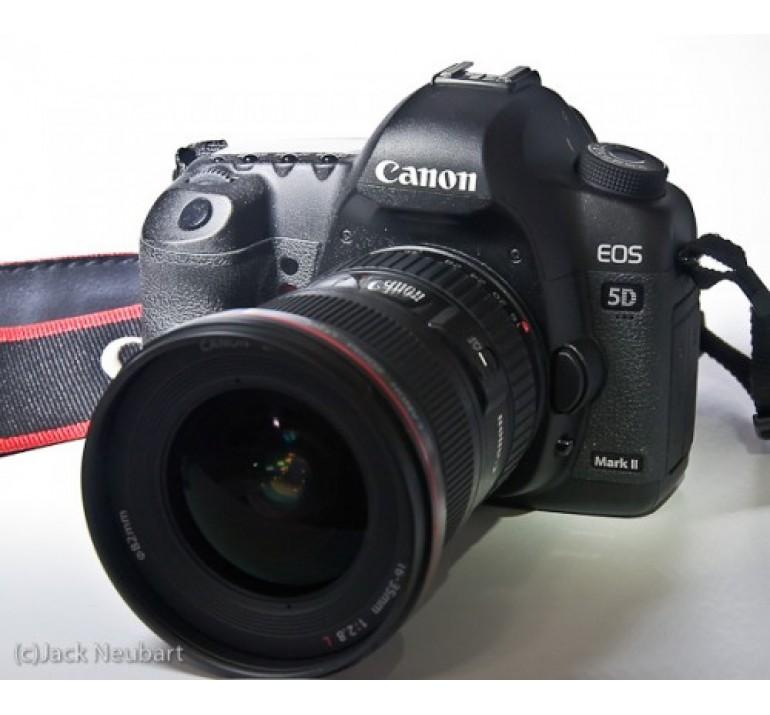 Máy ảnh Canon 5D Mark 2